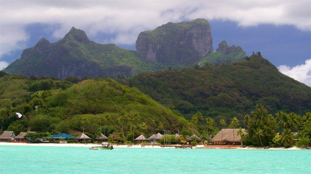 Bora Bora(Expedia.com)